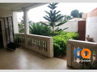 Villa avec un magnifique jardin